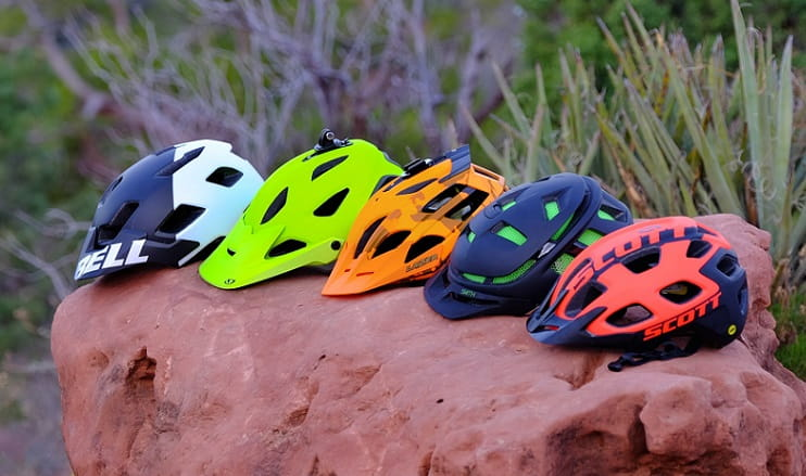 Best Mountain Bike Helmets in 2018 with Buying Guide